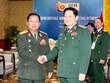 Ministro de Defensa de Vietnam recibe a su homólogo laosiano