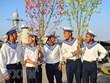 Barcos llevan la primavera a plataforma DK1, hito de soberanía marítima de Vietnam