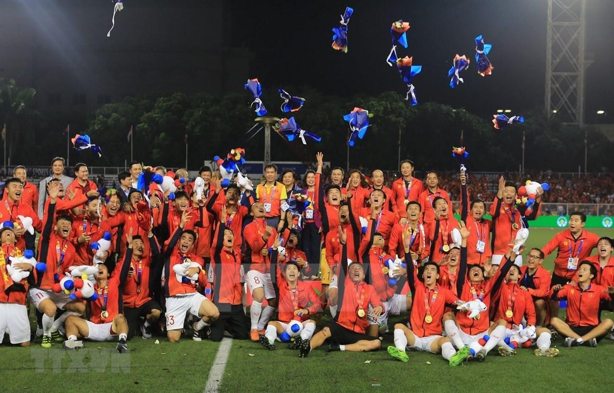 Felicita presidenta parlamentaria de Vietnam a delegación deportiva nacional en SEA Games 30