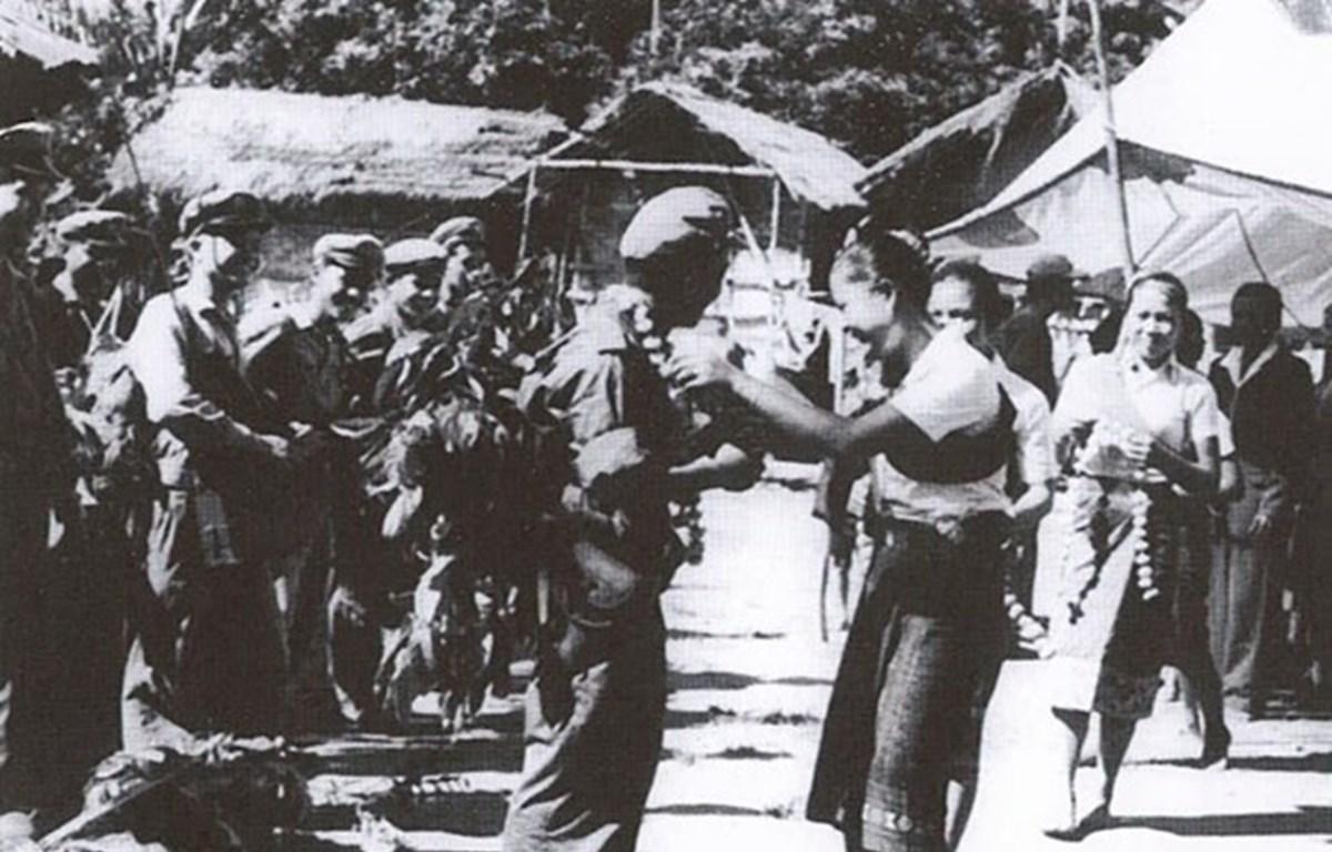 Valoran aportes de soldados voluntarios y expertos vietnamitas a la revolución laosiana