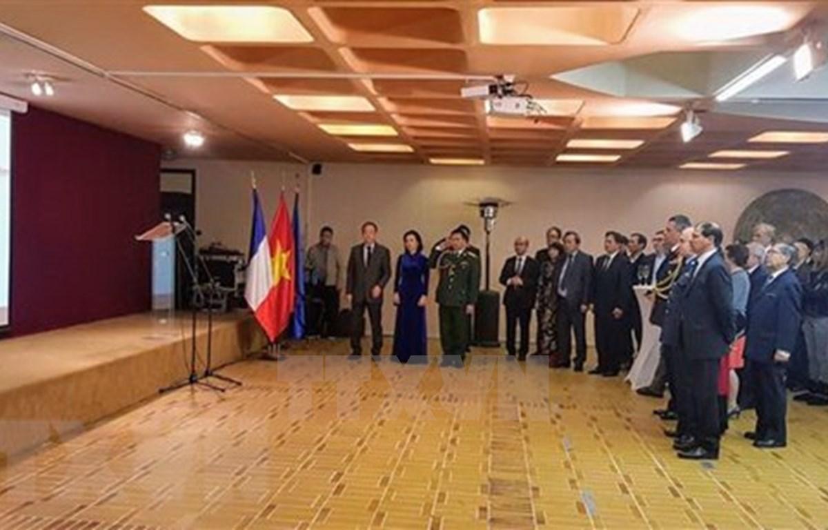 Celebran en Camboya y Francia fundación del Ejército Popular de Vietnam