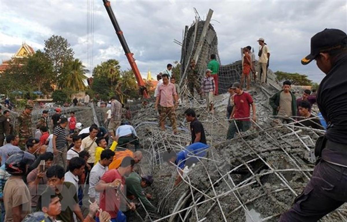 Al menos cuatro muertos tras colapso de edificio en provincia camboyana