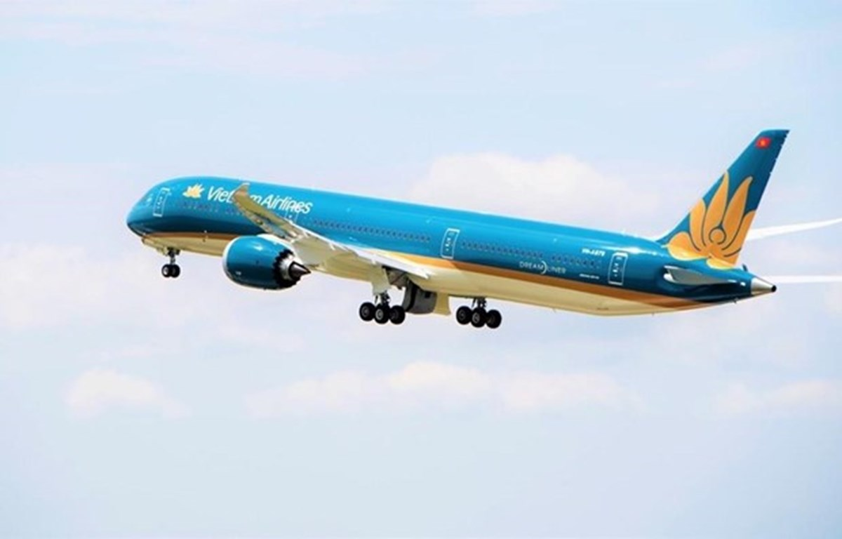 Aumentan aerolíneas vietnamitas vuelos para satisfacer demanda del Tet