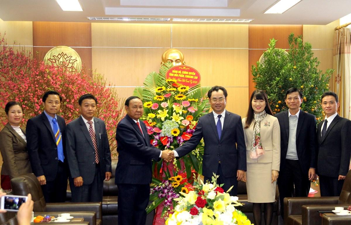Felicita delegación laosiana a provincia vietnamita en ocasión del Tet