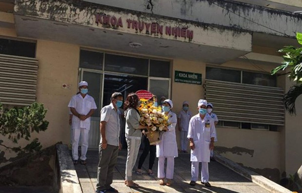 Reciben alta médica otros 10 pacientes de COVID-19 en Vietnam