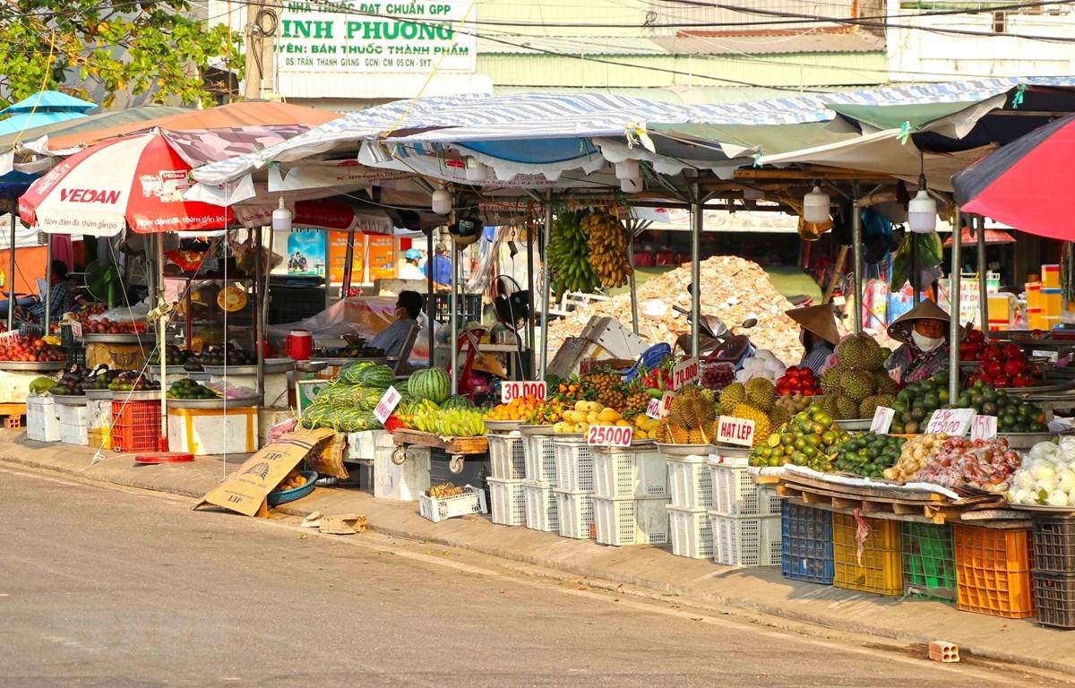Aclaran implementación de medidas de distanciamiento social en Vietnam