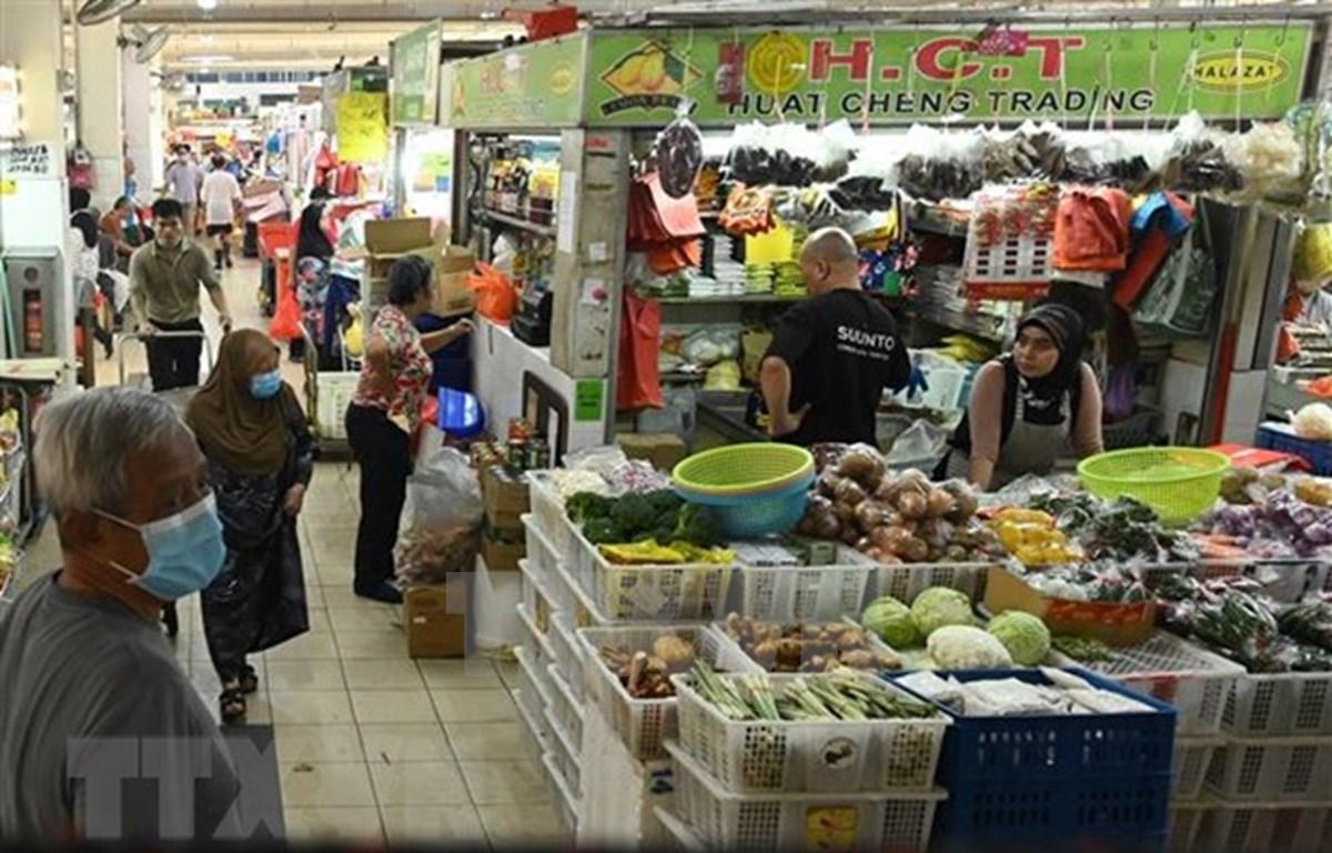 Recibirán singapurenses asistencia financiera del gobierno