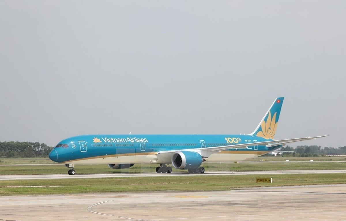 Vietnam Airlines realiza vuelo de carga gratis para apoyar la lucha antiepidémica
