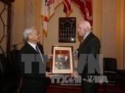 John McCain emite declaración sobre visita de Nguyen Phu Trong