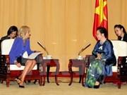 Vicepresidenta vietnamita recibe a esposa de Joe Biden