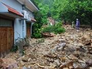 Vicepresidenta visita damnificados por inundaciones en Quang Ninh