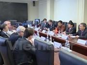Vietnam fomenta nexos económicos con Rusia y Belarús