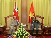 Intensifican Vietnam y Reino Unido nexos militares