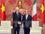 Líder parlamentario vietnamita se reúne con presidente italiano