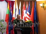 Viceministro vietnamita de Defensa recibe a agregado militar indonesio