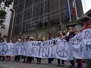 El mundo expresa condolencias con París
