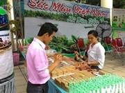 Imbuido público de Hanoi en espacio cultural de Delta de Mekong