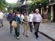 Recorrido de presidente de Senado checo por provincia vietnamita