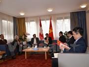 Delegación partidista vietnamita concluye visita de trabajo en Suiza