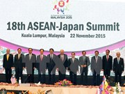 Asiste premier vietnamita a conferencias de alto nivel entre ASEAN y sus socios