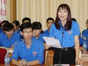 Jóvenes de Hanoi expresan opiniones sobre ASEAN y TPP