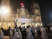 Dirigente vietnamita felicita a comunidad cristiana por Navidad