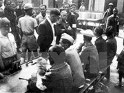 Exhiben en Hanoi libros sobre las primeras elecciones parlamentarias