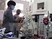 Casi cuatro mil 900 empresas vietnamitas reanudan actividades en enero
