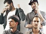 Performances de banda musical francesa deleita al público de Da Nang