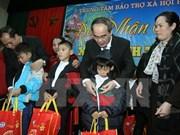 Ayudan a personas desfavorecidas en Vietnam para un Tet feliz