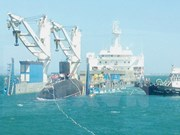 Arriba al puerto Cam Ranh submarino Kilo HQ-186 Da Nang