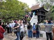 Crece número de turistas a Hanoi en ocasión del año nuevo lunar
