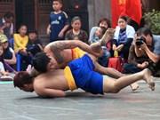 Festival de lucha tradicional en la aldea Mai Dong en ocasión de Tet