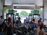 Continúa bajando precio de gasolina en Vietnam