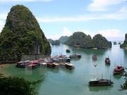 Ha Long diseña medidas para atraer más turistas extranjeros