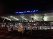 Dos tailandeses detenidos en aeropuerto de Noi Bai por tenencia ilegal de armas