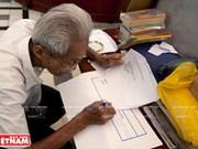 El escritor de cartas por oficio más anciano de Vietnam