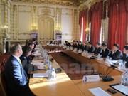 Vietnam y Reino Unido mantienen quinto diálogo estratégico
