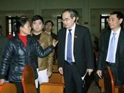 Presidente del Frente de la Patria contacta con electores