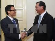 Vicepremier vietnamita recibe a ministro de Industria de Camboya