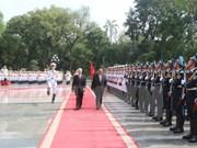 Nuevo presidente laosiano recibido en Hanoi