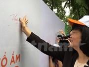 Lanzan en Vietnam programa para eliminar humo de tabaco en hogar
