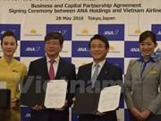 Vietnam Airlines y ANA Holdings firman contrato de compra de acciones