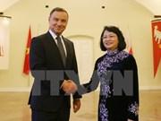 Presidente polaco afirma importancia de nexos tradicionales con Vietnam