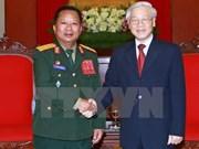 Dirigentes de Vietnam reciben al ministro de Defensa de Laos