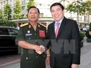 Éxitos de Ciudad Ho Chi Minh son ejemplos para Laos, dijo su ministro de Defensa