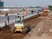 Vicepremier vietnamita pide acelerar desembolso de inversión pública