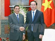 Intensifican cooperación entre oficinas presidenciales de Vietnam y Laos