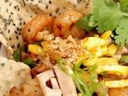 Ensalada de fruta de jaca, plato popular de la región central vietnamita