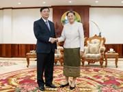 Dirigente parlamentaria laosiana elogia apoyo de Asamblea Nacional de Vietnam